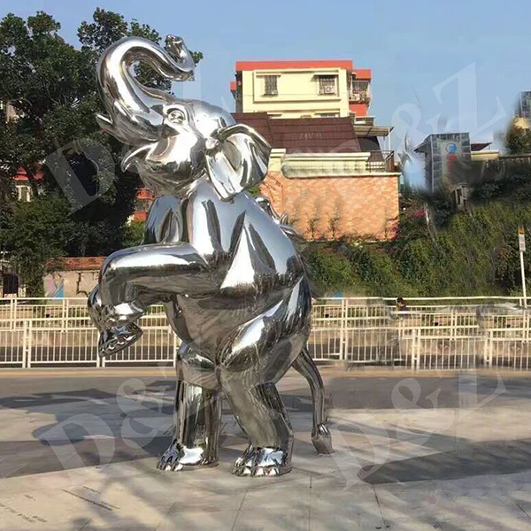 STEEL ELEPHANT sculpture