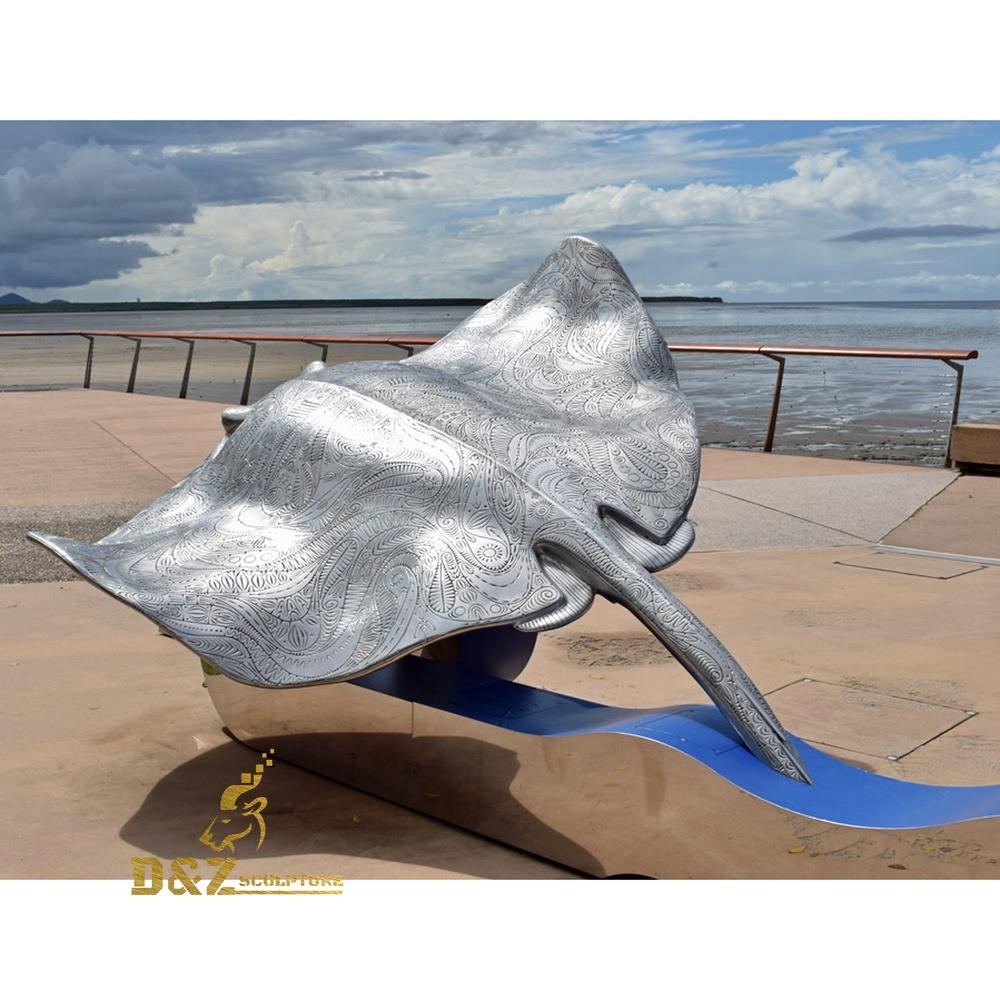 Devil fish sculpture