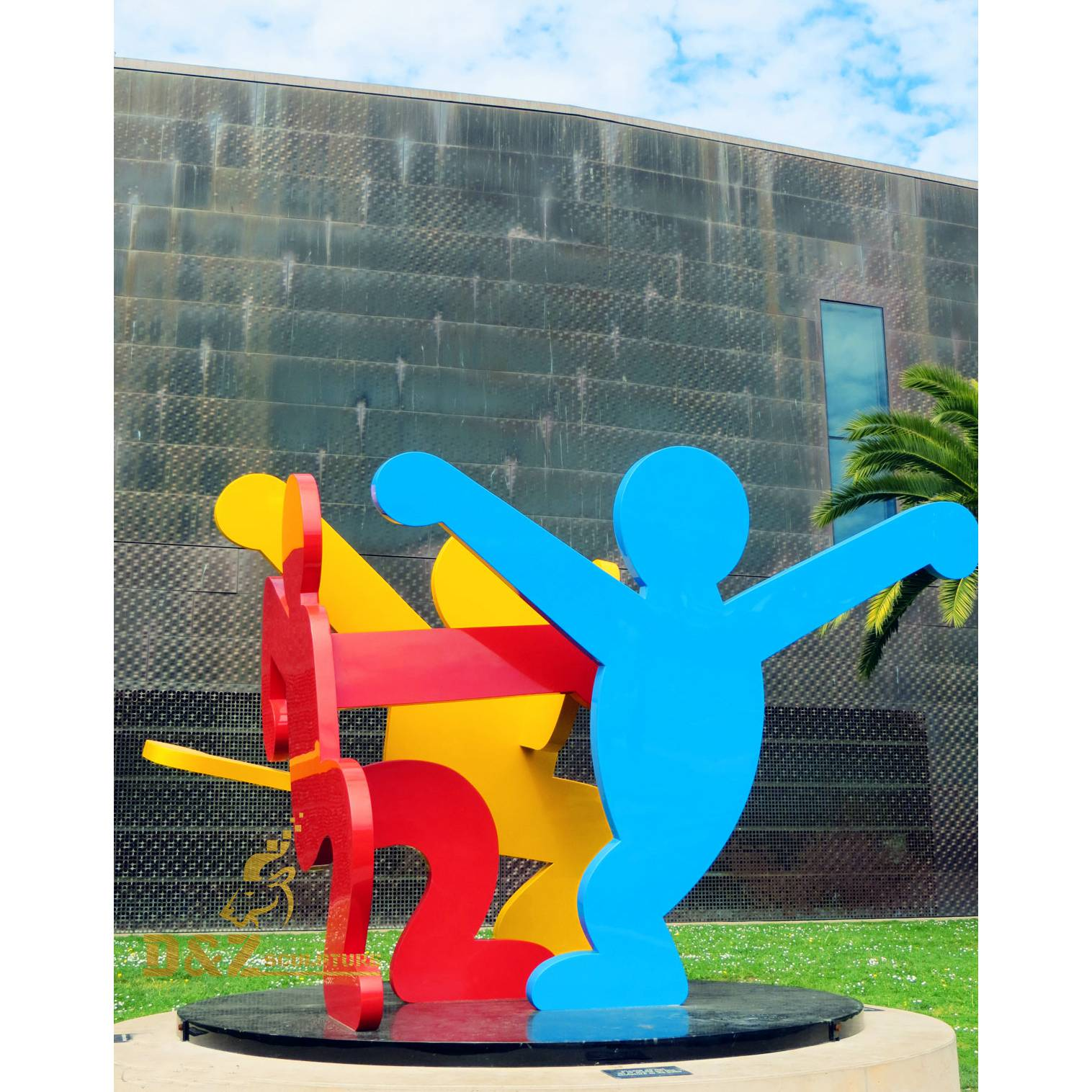 Children's play sculpture