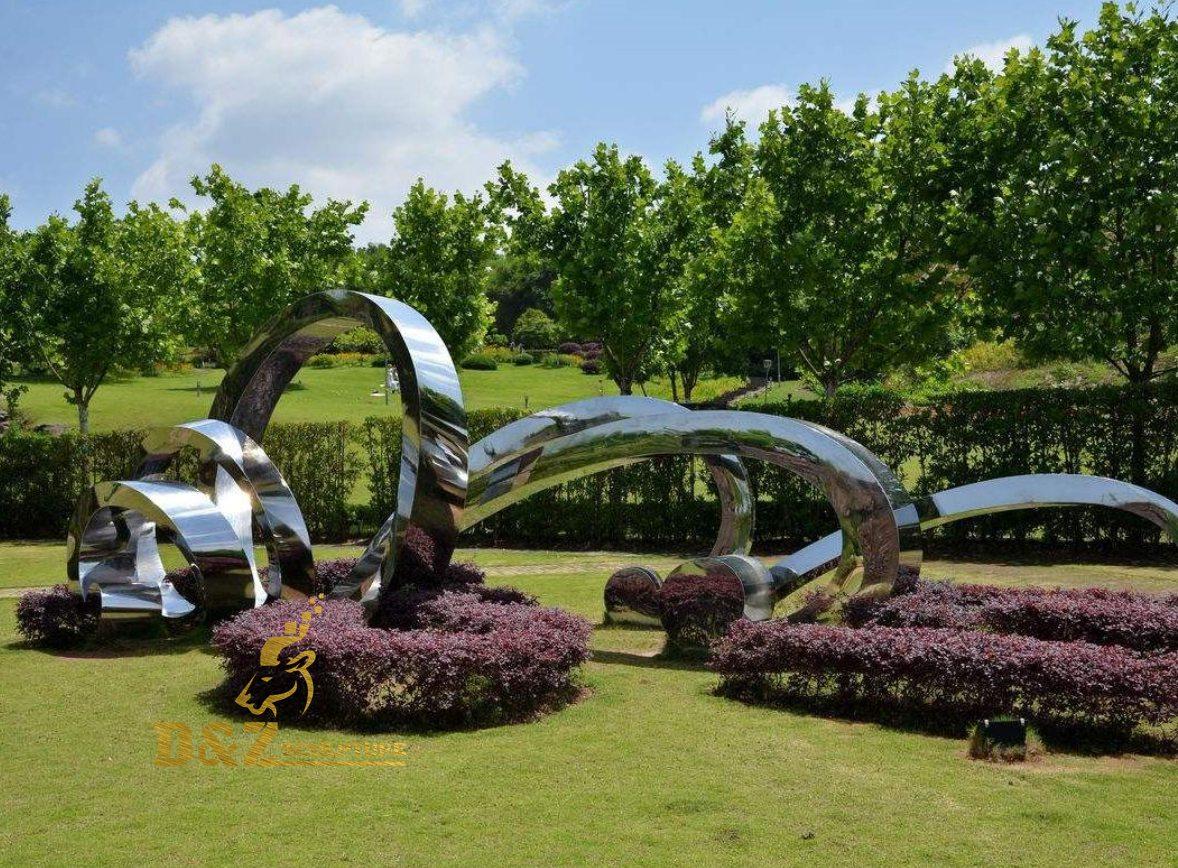 Modern garden landmark sculpture