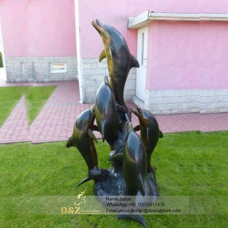Bronze dolphins fountain