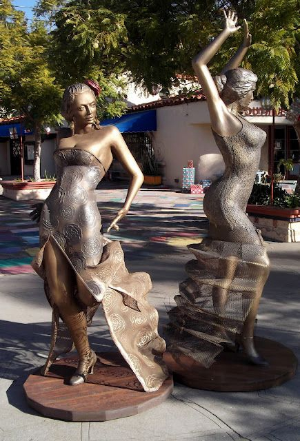 Esculturas e Monumentos