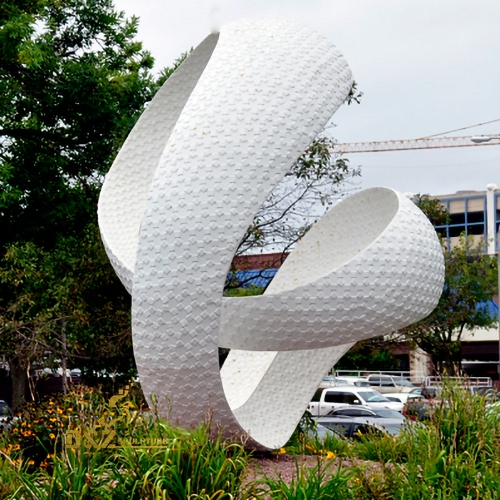 white stainless steel sculpture