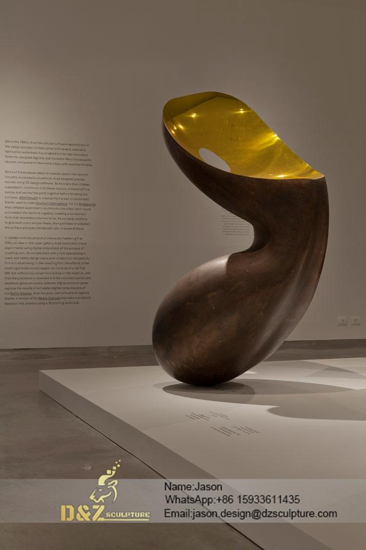 museum holon abstract sculpture