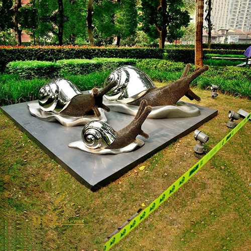stainless steel snails sculpture
