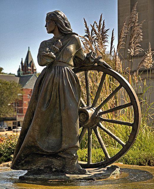 St joseph mo wagon monuments