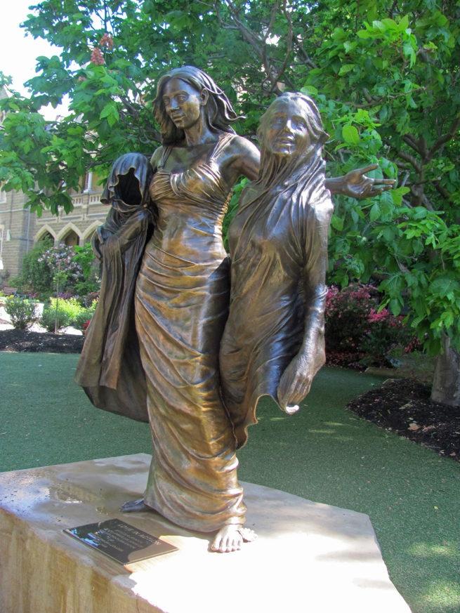 The Rod Laver statue
