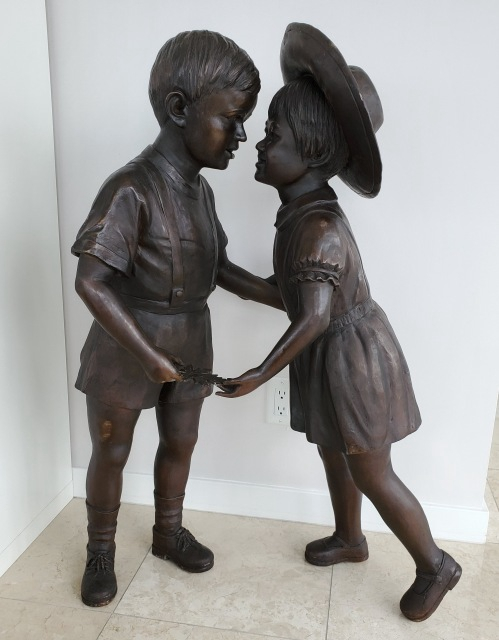 Youth friendship sculpture
