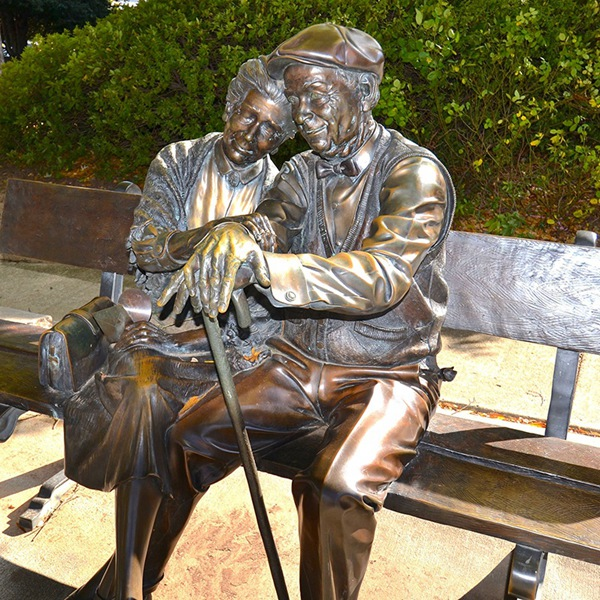love old couple sculpture