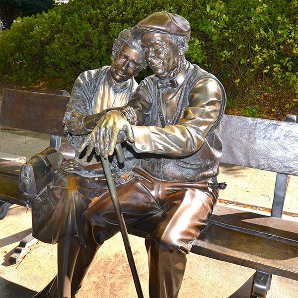 love old couple sculpture