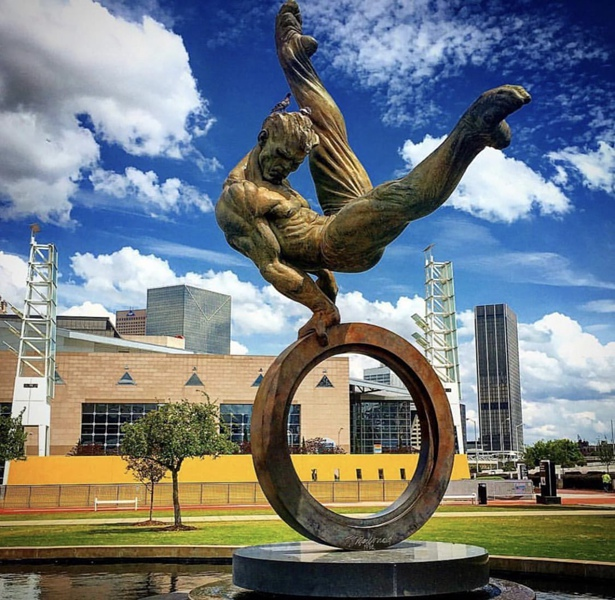 Richard MacDonald gymnastics art