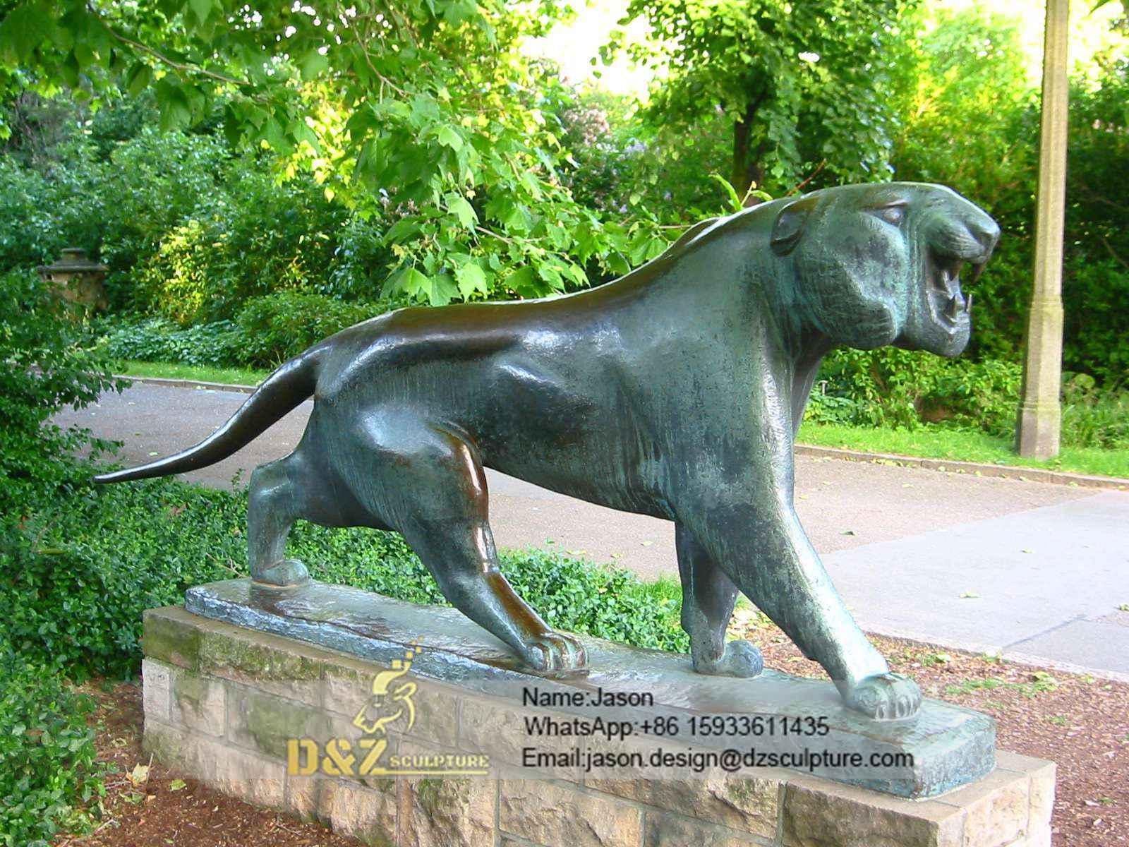 Statue berliner tierpark