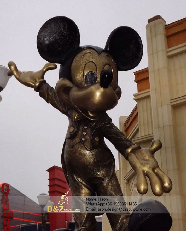 Mickey Mouse sculpture