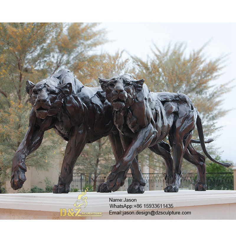 Bronze sculpture animal lions